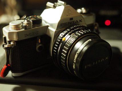 フルサイズのフィルムカメラを初めて手に取りフィルムを入れてみた備忘録