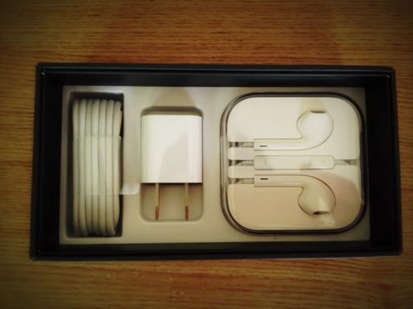 iPhone5のNewイヤホンをうまく巻けない人へ捧げる動画
