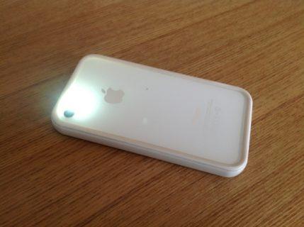 iPhoneのプッシュ通知時にLEDフラッシュを光らせる(光らせなくする)方法